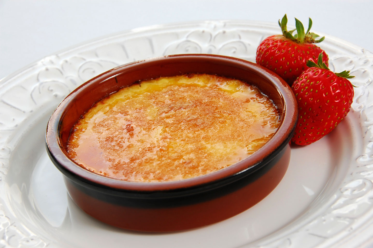 Duel des desserts #1 White-Chocolate-Strawberry-Creme-Brulee